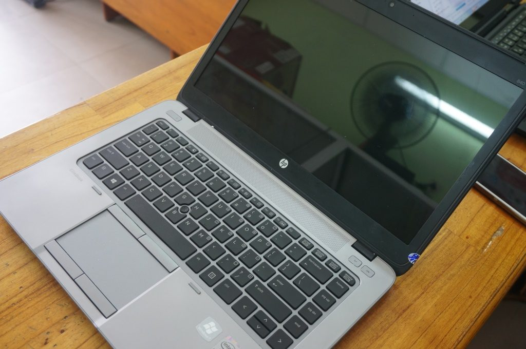 hp-elitebook-840-g1-12